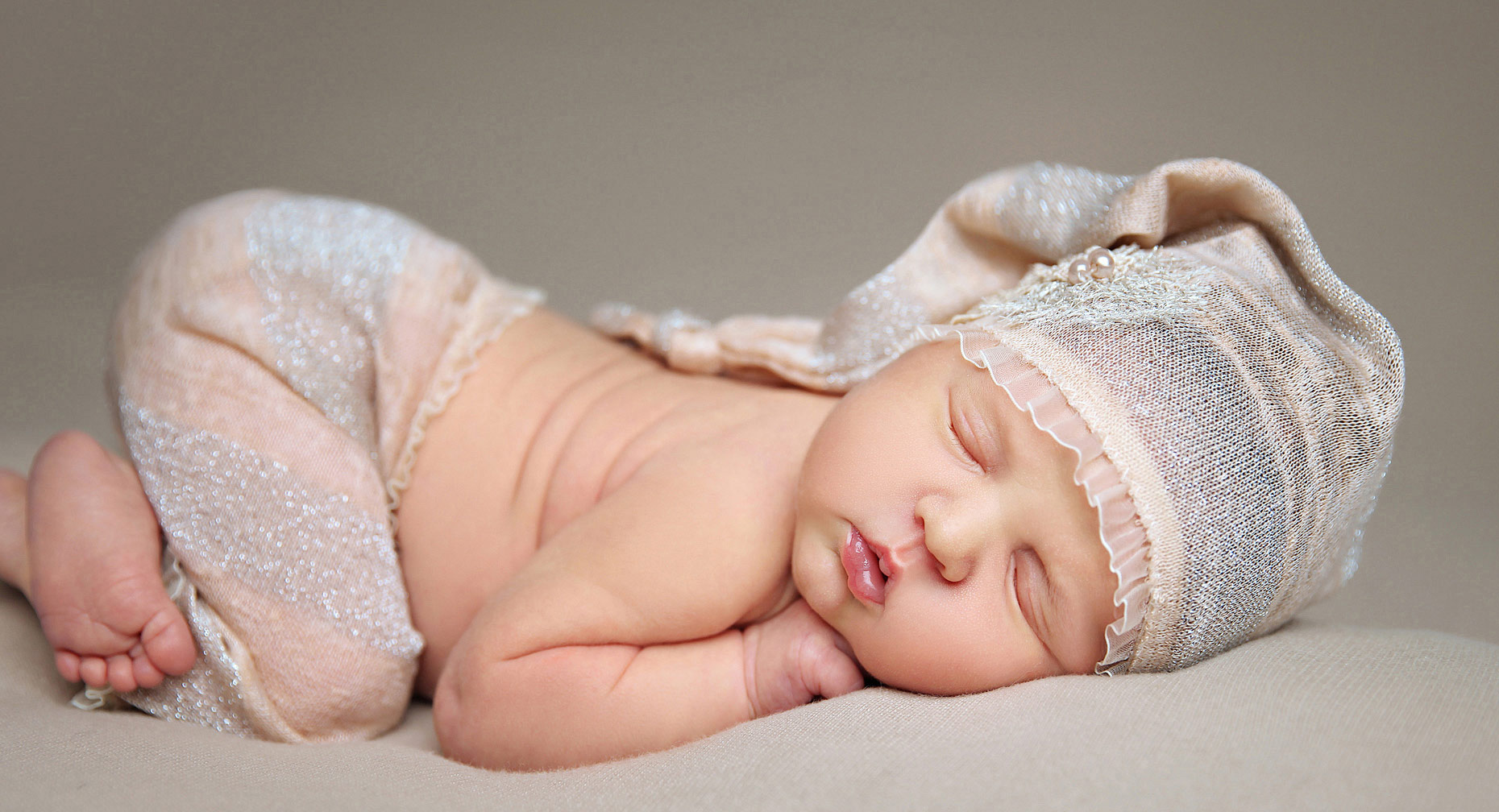 newborn and baby photographers, Southwestern Ontario, London, Windsor, Toronto