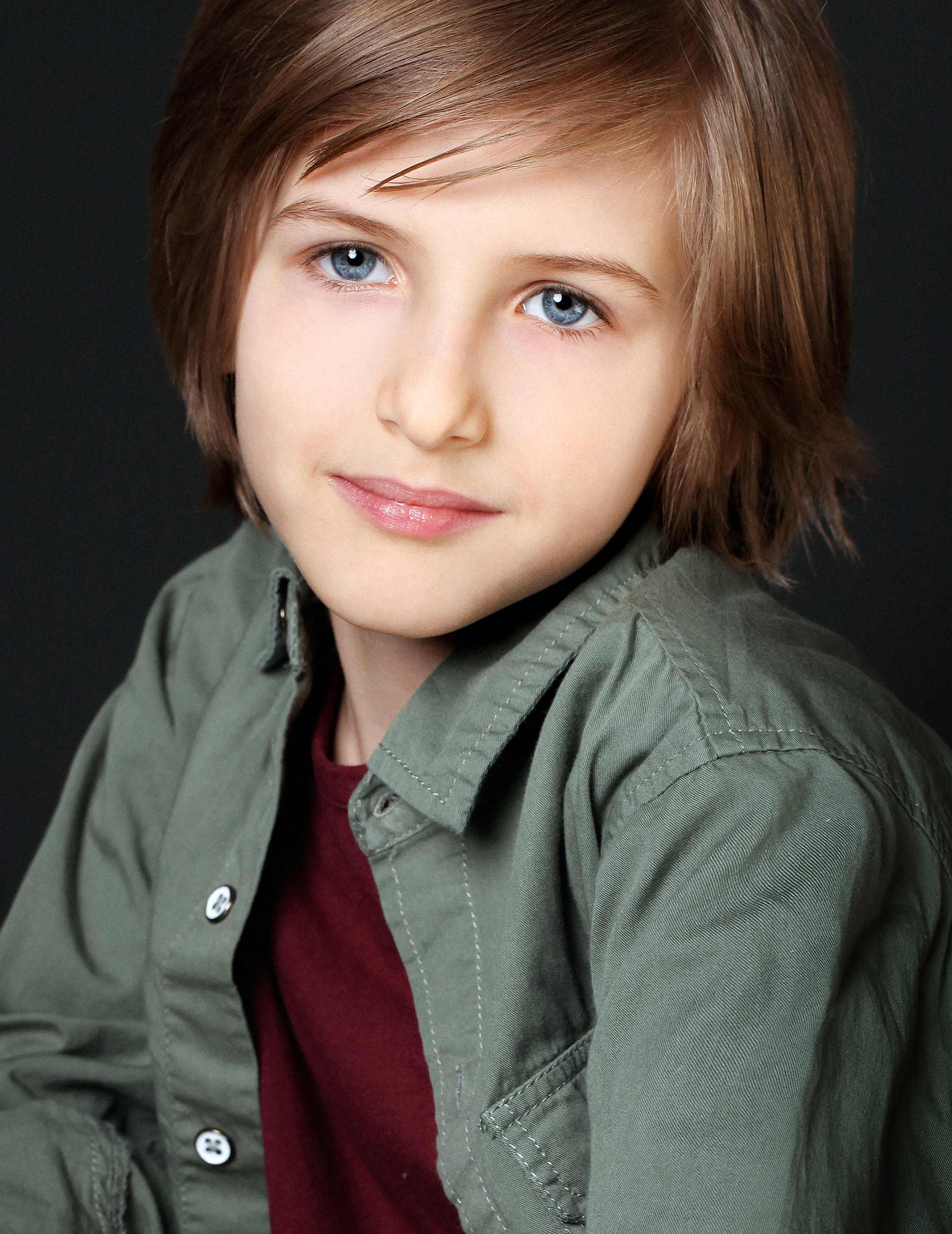 headshots-london-toronto-ontario-child-actor-twins-movies-la-nyc-detroit