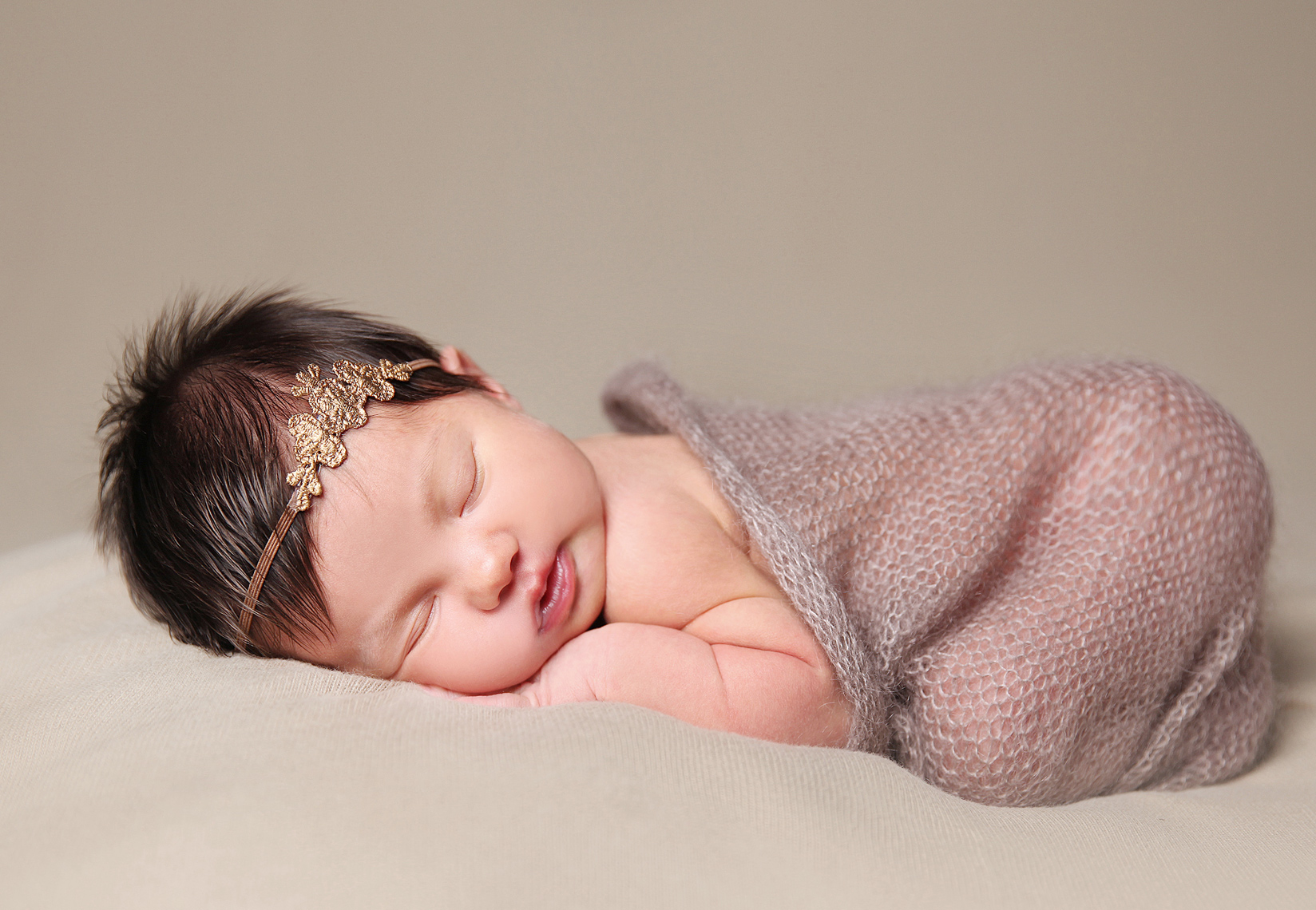 newborn baby photographer, London, Ontario