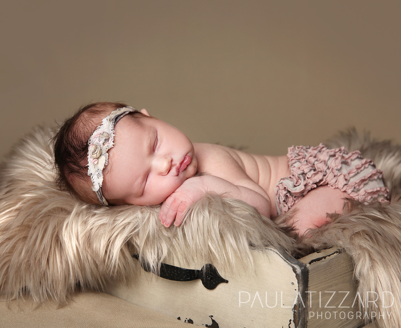 newborn_photographers-canada-london-toronto-baby-child-sleeping-professional